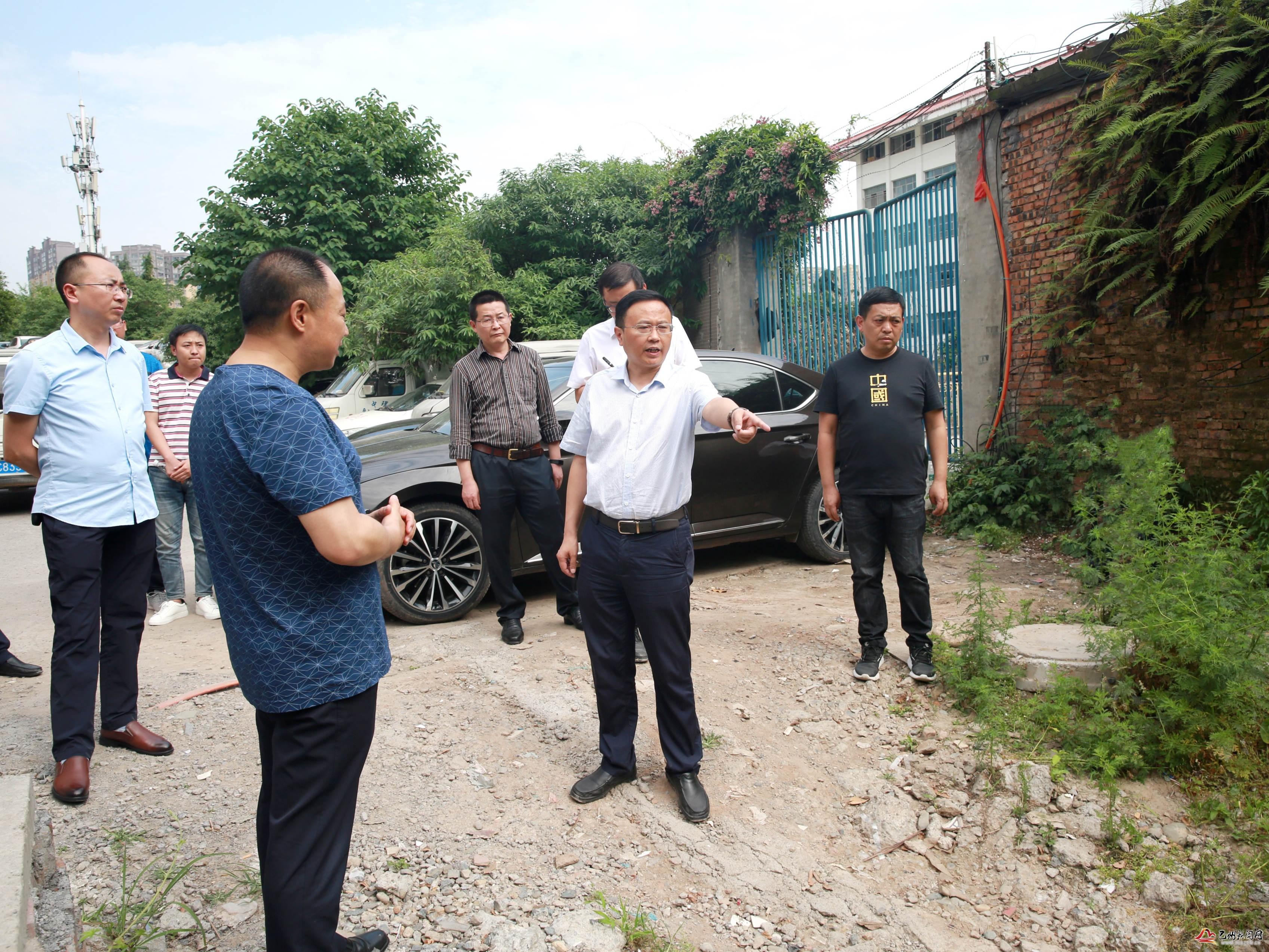 黄俊霖带队调研环保督察问题整改工作
